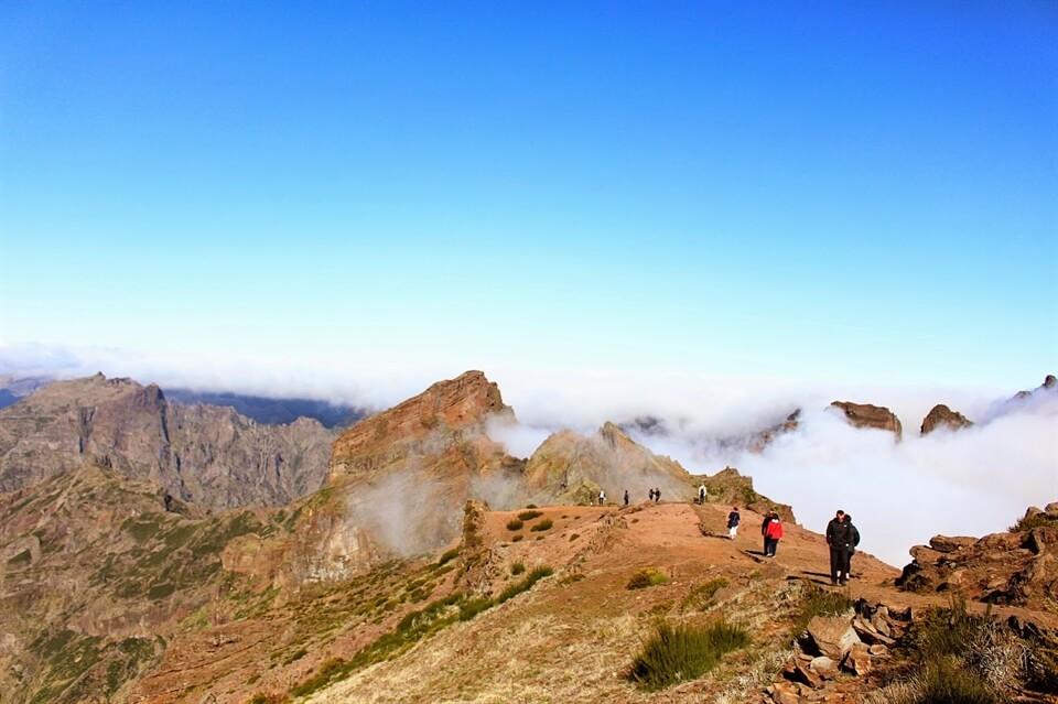 In photos: At the top of Pico do Arieiro