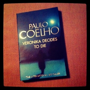 Book Review: Veronika Decides To Die by Paulo Coelho