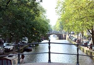 In photos: A Walk Along Reguliersgracht