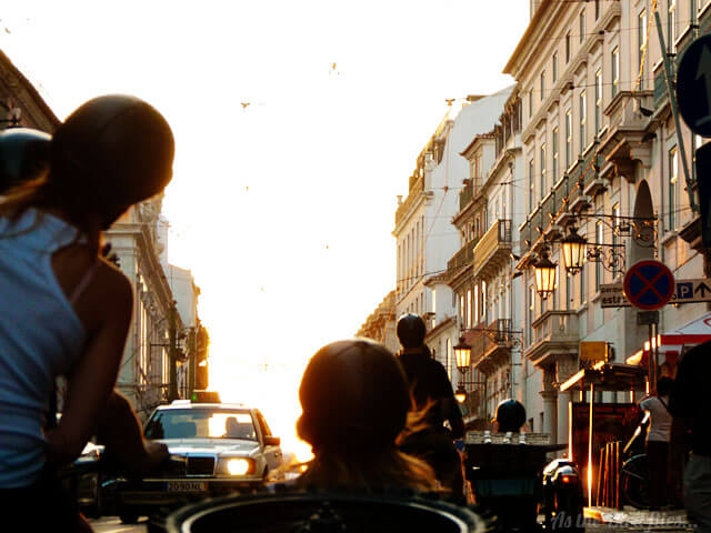 I want a cool rider: A sidecar tour of Lisbon