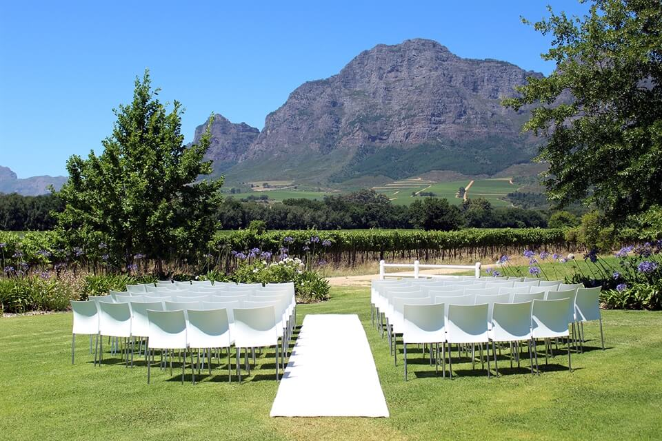 In Photos A Wedding At Vrede En Lust In Franschhoek South Africa As The Bird Flies Travel